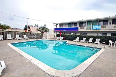 Motel 6 Santa Rosa South