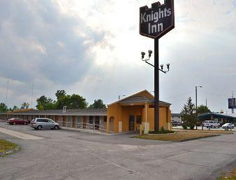 ‪Knights Inn Fort Wayne‬