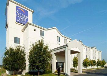 Photo of Sleep Inn & Suites Davenport