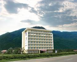 B2 Premier Resort & Spa