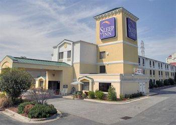 ‪Sleep Inn Hanes Mall‬