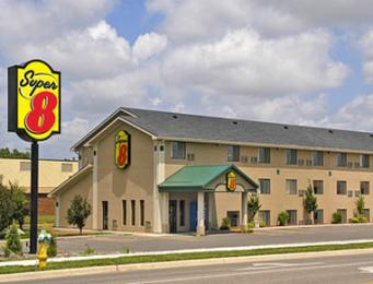 ‪Super 8 Motel - Willmar‬