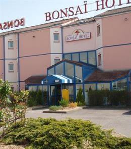 Photo of Bonsai Hotel Marsannay-la-Cote