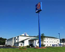 Motel 6 Lake Delton