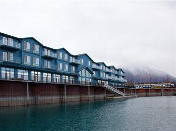 ‪Holiday Inn Express Seward Harbor‬