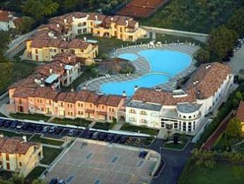 Manerba del Garda Resort