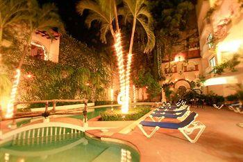 Los Arcos Suites