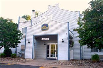 ‪BEST WESTERN Rivertown Inn & Suites‬