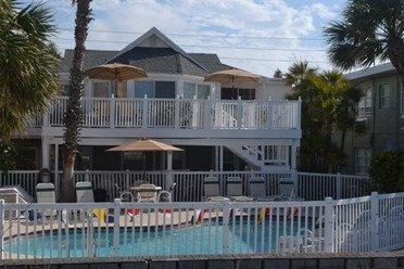 Photo of Schooner Hotel Madeira Beach
