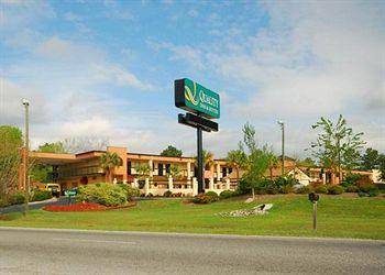 Photo of Quality Inn & Suites Aiken