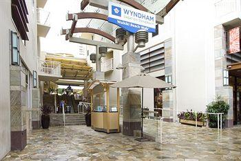 ‪Wyndham at Waikiki Beach Walk‬