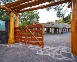 Los Nobles Hostal de Bosque