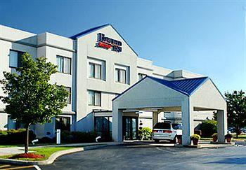‪Fairfield Inn Rochester East‬