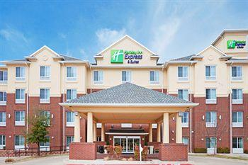 Holiday Inn Express Grand Prairie I-20