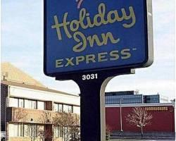 ‪Holiday Inn Express Chicago Downers Grove‬