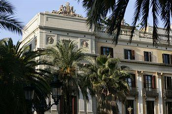 ‪Hotel DO Placa Reial‬