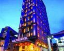 Golden Central Hotel