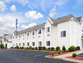 Photo of Microtel Inn And Suites Clarksville