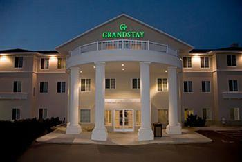 Photo of GrandStay Residential Suites Hotel Eau Claire