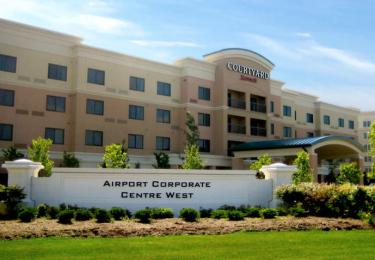 Courtyard Mississauga Airport Corporate Centre West