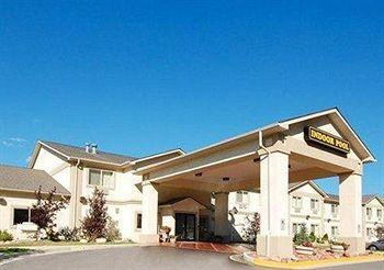 Photo of Econo Lodge Inn & Suites New Castle