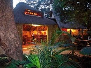 Dumazulu Game Lodge And Traditional Village