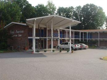Royal American Motor Inn Hotel