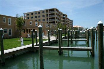 The Bayside Inn & Marina