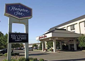 ‪Hampton Inn Green Bay‬