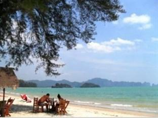 Photo of Pan Beach Bungalows Krabi