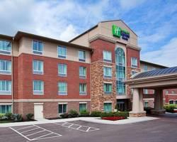 Photo of Holiday Inn Express Suites Mason
