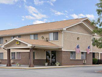 Super 8 Motel Franklin / Middletown