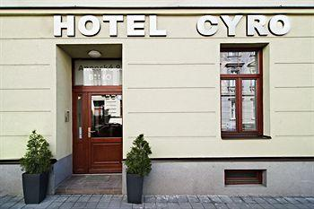 Hotel Cyro