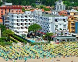 Photo of Hotel Nettuno Jesolo Lido