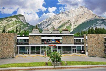 Photo of Banff Voyager Inn