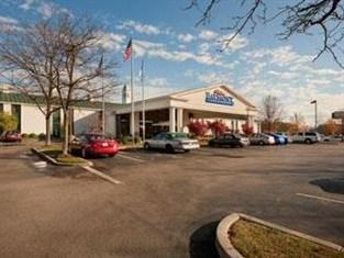 Photo of Baymont Inn & Suites Louisville Airport South