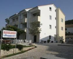 Photo of Aparthotel Buratovic Vinjerac