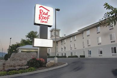 ‪Red Roof Inn‬