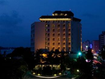 Photo of The Gateway Hotel Marine Drive Ernakulam Kochi
