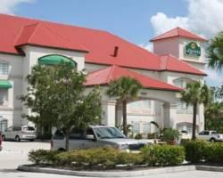 Photo of La Quinta Inn &amp; Suites Fort Myers Airport