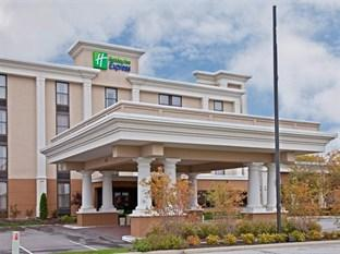 Holiday Inn Express Northwest-Park 100