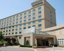 DoubleTree by Hilton Hotel Charlotte - Gateway Village