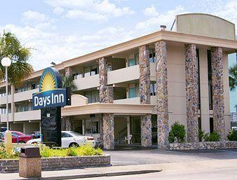 Days Inn Beach Front