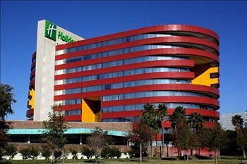 Holiday Inn Parque Fundidora