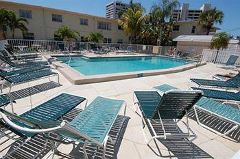 Siesta Beach Resort & Suites