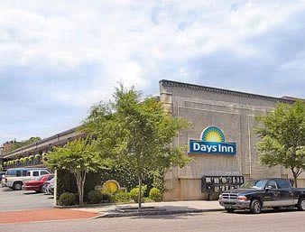 Charleston - Days Inn Historic District