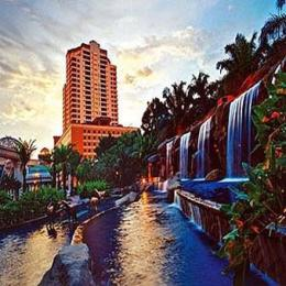 Pyramid Tower Hotel at Sunway Resort Hotel & Spa