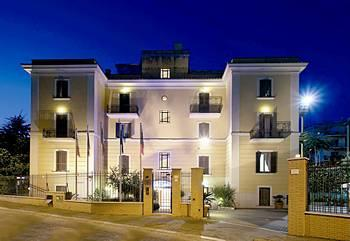 Photo of Romoli Hotel Rome