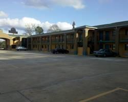 Photo of Garden Inn and Suites Hogansville