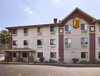 Photo of Super 8 Motel Wheeling